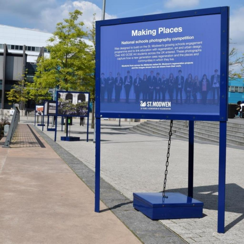 Portable outdoor displays for St. Modwen photo competition