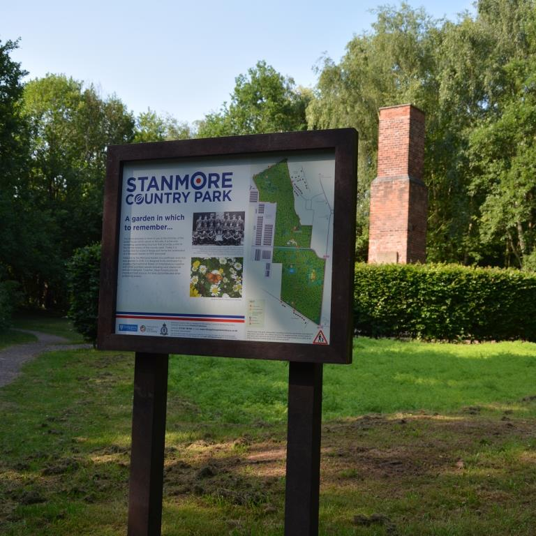 Stanmore-Park-Freestanding-recycled-plastic-dibond-sign-SQ-2.jpg